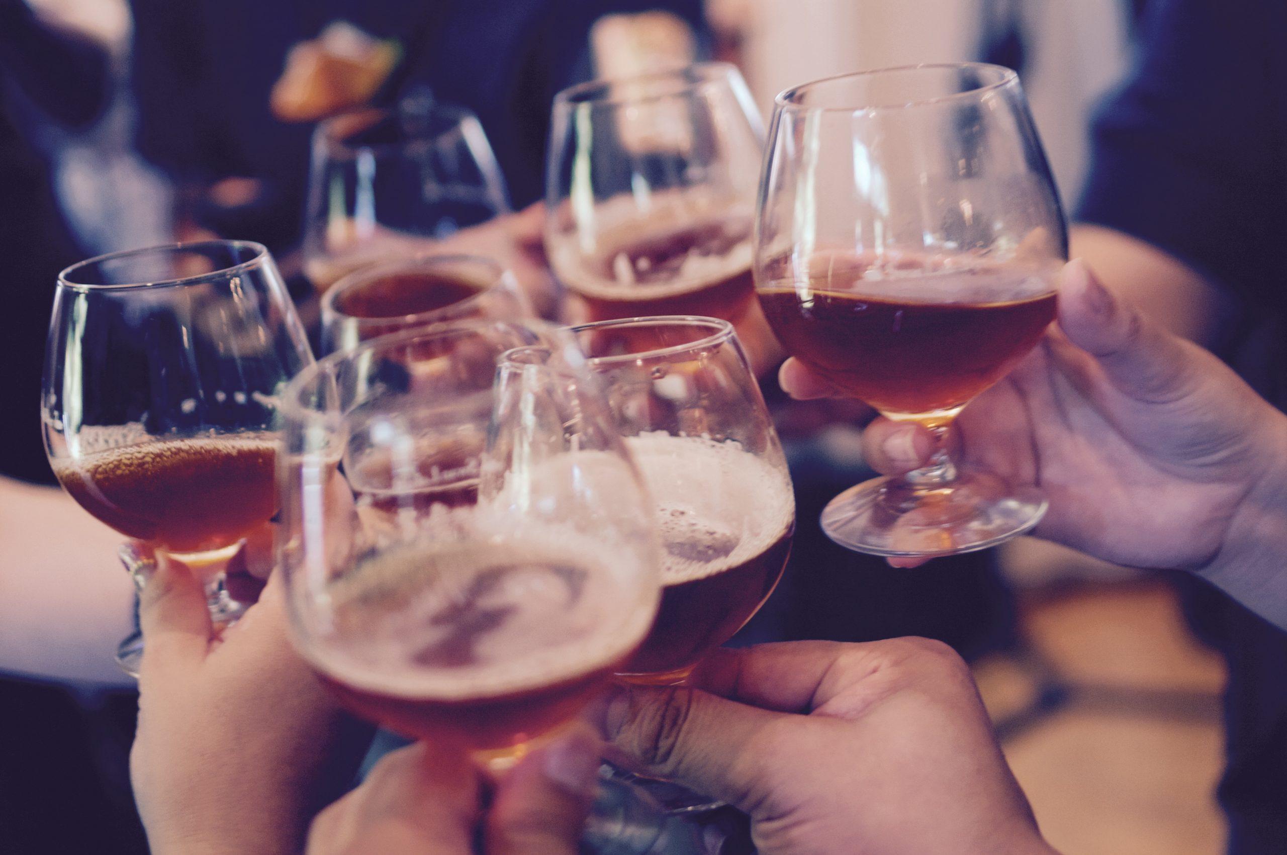Las cinco razones para ir a la cena de empresa