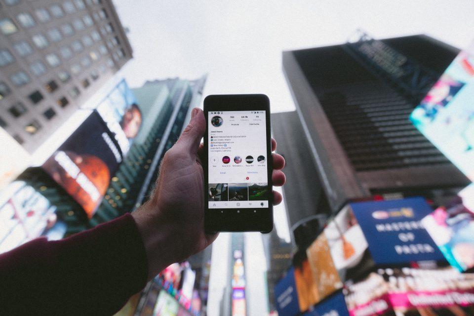 Hay vida más allá de Facebook: descubre las redes sociales profesionales y encuentra empleo