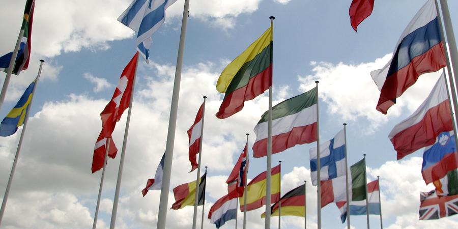 Claves para adaptar tu currículum a distintos países