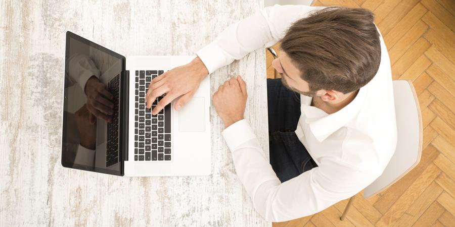 Trabajar desde casa a través Internet: el empleo de la era 2.0